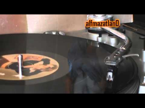 Ver Video de Alejandra Guzman Alejandra Guzman - Hay Punkies En Moscu - Vinyl LP version